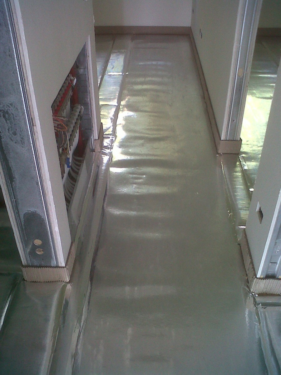 Riscaldamento A Pavimento E Laminato soluzione per rivestimento in legno o laminato a posa flottante